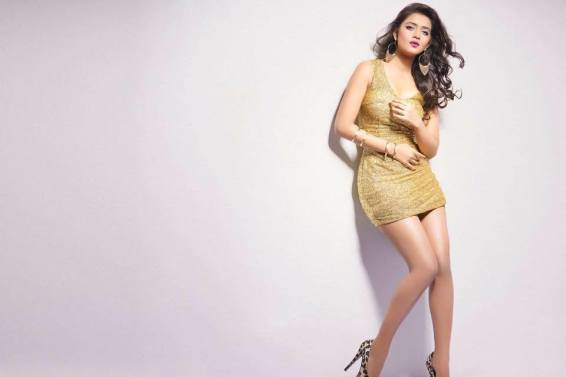bangladeshi-model-tanjin-tisha-photos-videos-5