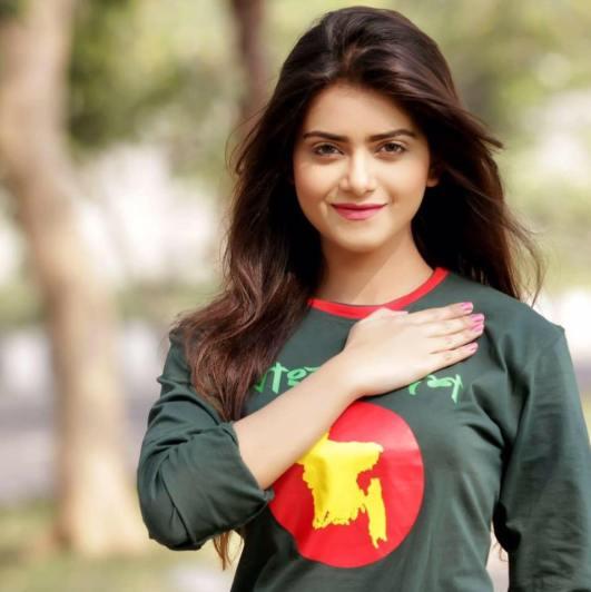 bangladeshi-model-tanjin-tisha-photos-videos-9