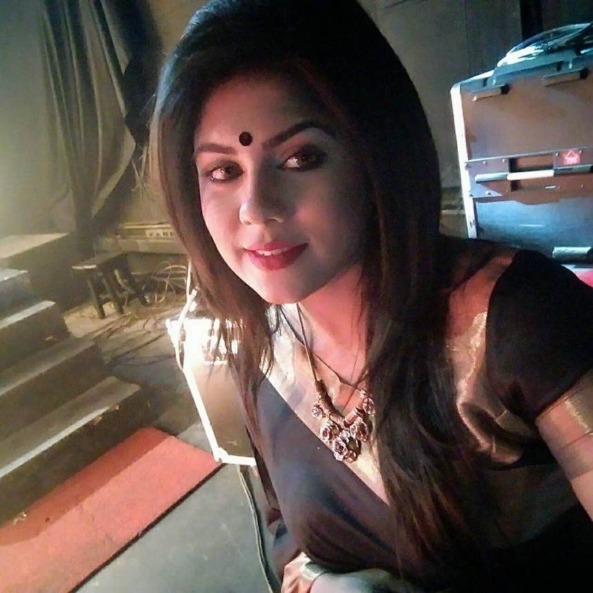 shanta-jahan-bangladeshi-hot-model-tv-actress-photos-11