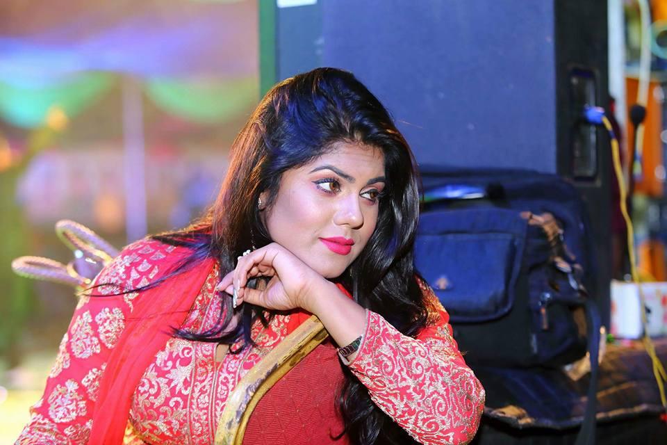 shanta-jahan-bangladeshi-hot-model-tv-actress-photos-16