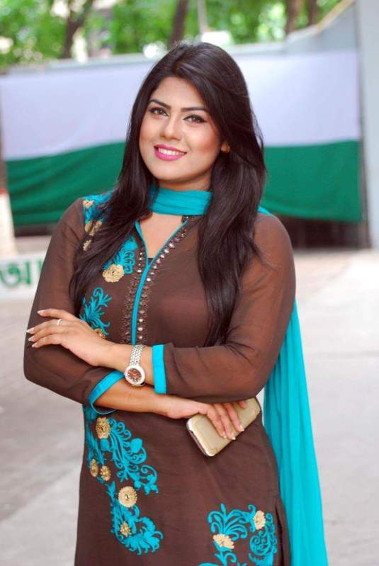 shanta-jahan-bangladeshi-hot-model-tv-actress-photos-3