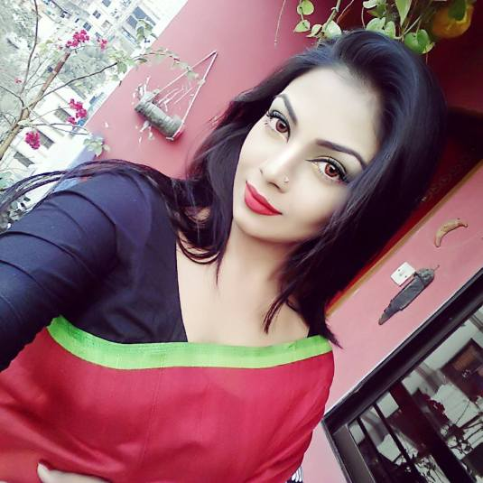 Bangladeshi Beautiful News Presenter Safina Ahmed Tory Photos (1)