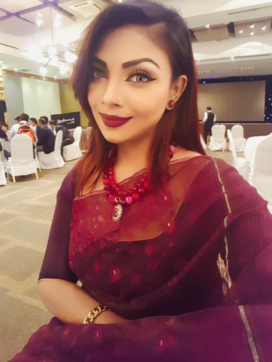Bangladeshi Beautiful News Presenter Safina Ahmed Tory Photos (11)