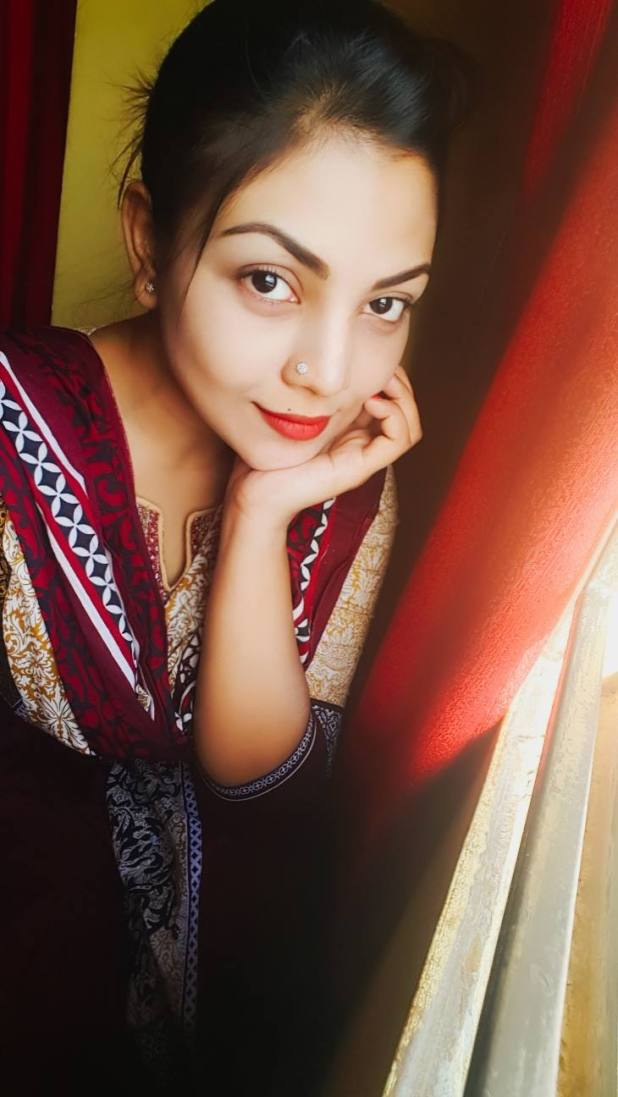 Bangladeshi Beautiful News Presenter Safina Ahmed Tory Photos (16)