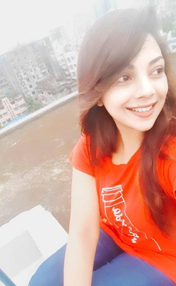 Bangladeshi Beautiful News Presenter Safina Ahmed Tory Photos (27)