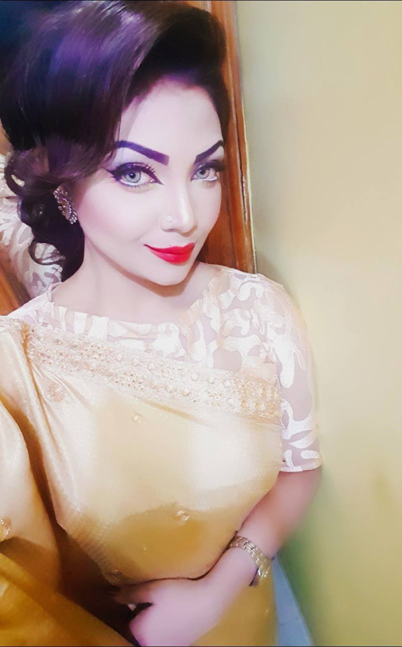 Bangladeshi Beautiful News Presenter Safina Ahmed Tory Photos (31)