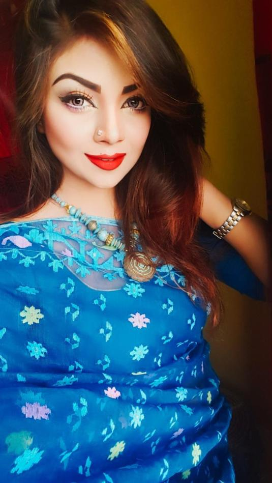 Bangladeshi Beautiful News Presenter Safina Ahmed Tory Photos (33)