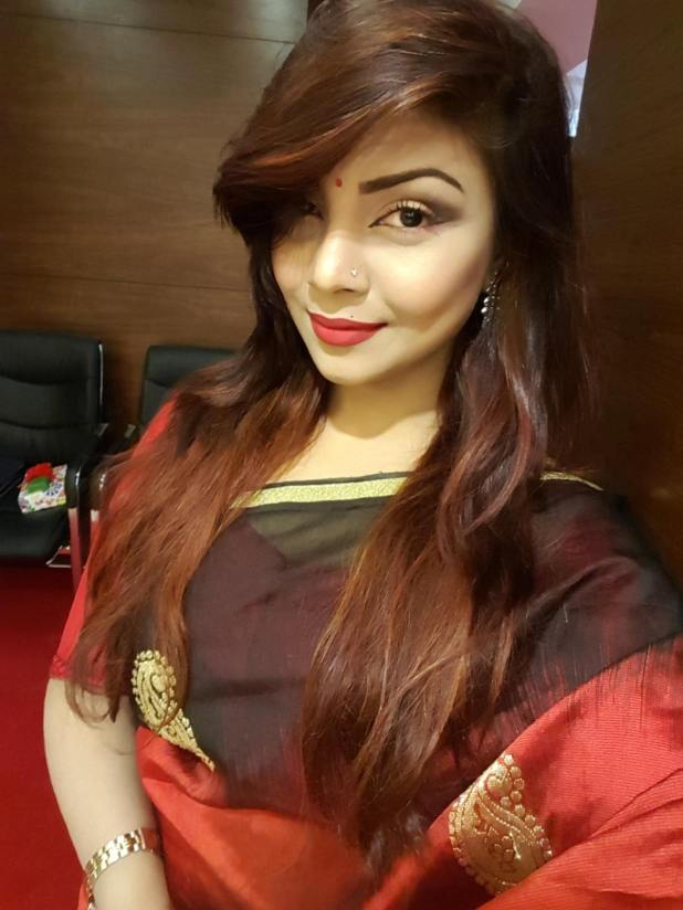Bangladeshi Beautiful News Presenter Safina Ahmed Tory Photos (7)