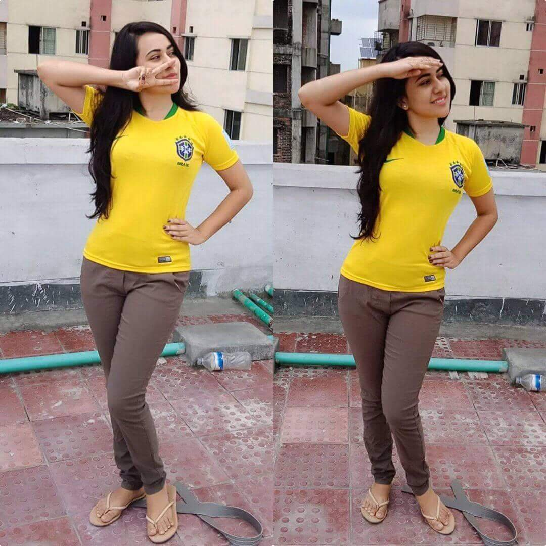 Bangladeshi Facebook Hot Girl Football Fan Photos
