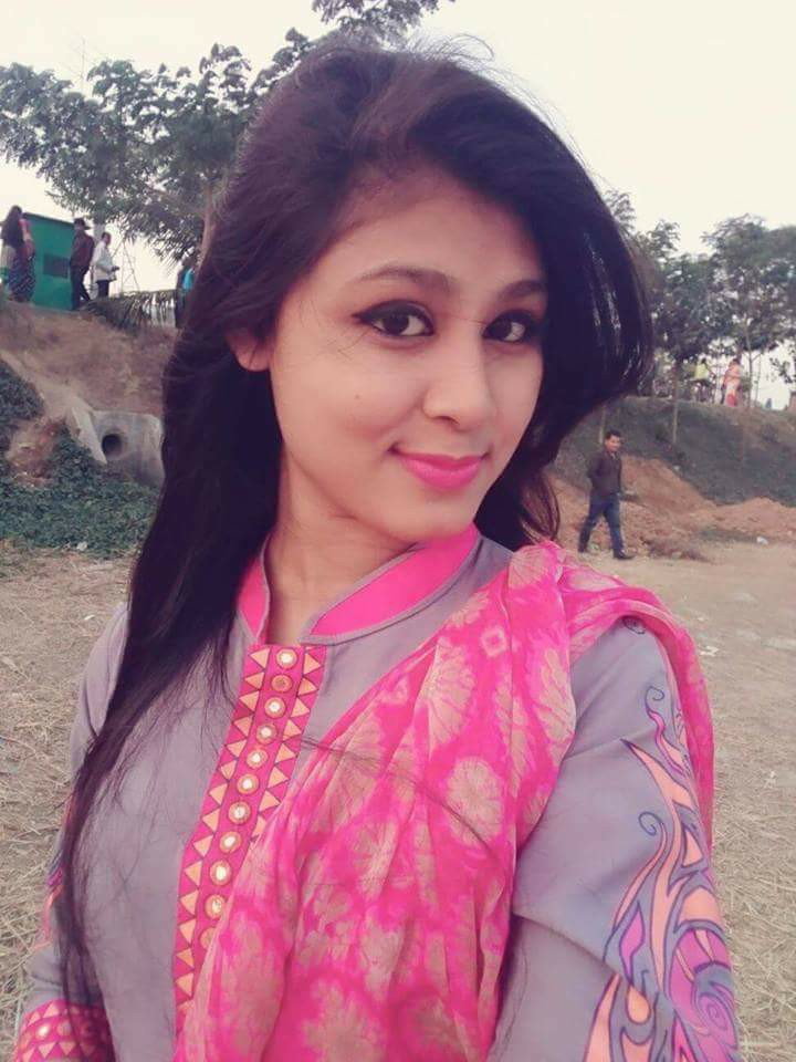 Beautiful Bangladeshi 30 Cute Girl Photos Collected From Facebook (55)