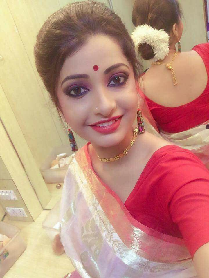 Beautiful Bangladeshi 30 Cute Girl Photos Collected From Facebook (57)