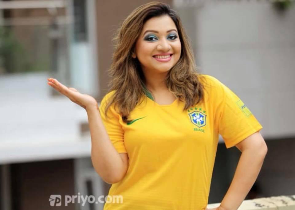 Bangladeshi Singer Actress Akhi Alamgir HD Photos Download (15)