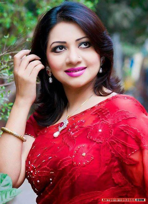 Bangladeshi Singer Actress Akhi Alamgir HD Photos Download (9)