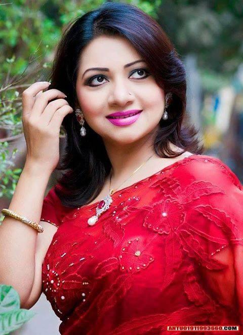 Bangladeshi Singer Actress Akhi Alamgir HD Photos Download (9)